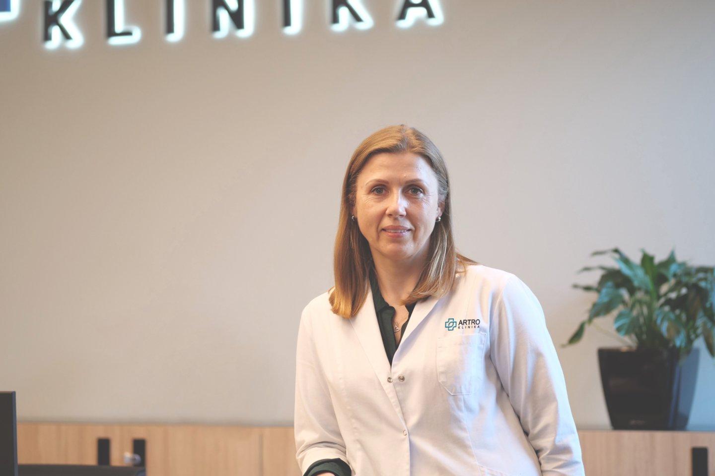"""Kaip teigia vaikų ortopedė – traumatologė, medicinos mokslų daktarė Jolita Gintautienė, tėvai dažnai nesilaiko gydytojų rekomendacijų ir mieliau vadovaujasi draugų, kaimynų ar """"Google"""" paieškoje rastais patarimais.<br>Pranešimo spaudai nuotr."""