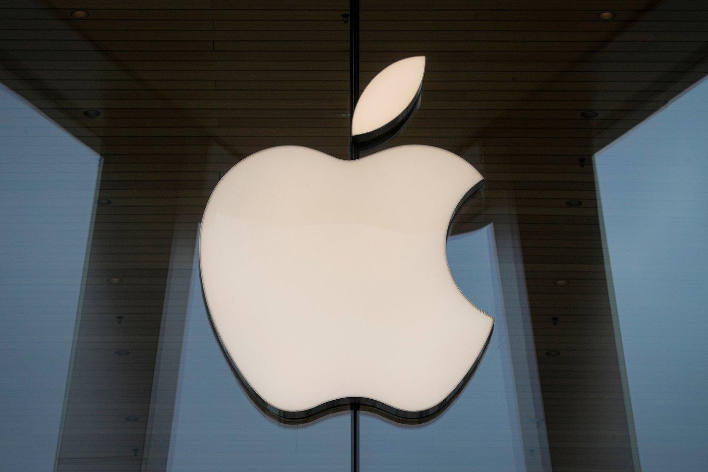 """JAV technologijų milžinė """"Apple Inc."""" prašo tiekėjų per šiuos metus pagaminti iki 90 mln. naujos kartos """"iPhone"""" telefonų.<br>Reuters / Scanpix nuotr."""