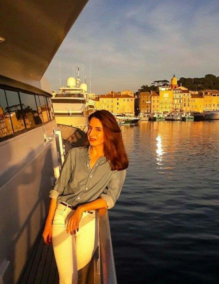 Jachtų stiuardese dirbanti Kristina papasakojo, kodėl ji nenorėtų kurti šeimos su lietuviu.<br>Asmeninio albumo nuotr.