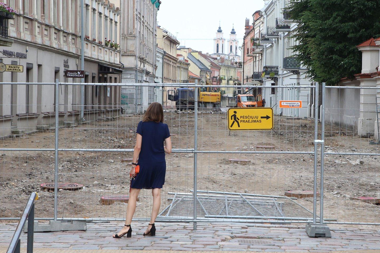 Vilniaus gatvė jau primena apkasus.<br>M.Patašiaus nuotr.