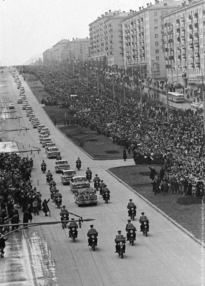 J.Gagarino sutikimas Maskvoje.
