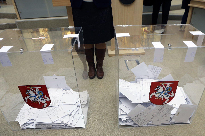 Dalis šių partijų atstovų pripažįsta, kad partijos dar nesuskubo išsirinkti kandidatų, atstovausiančių joms rinkimuose, tačiau žada reikiamas procedūras padaryti artimiausiu metu.<br>M.Patašiaus nuotr.