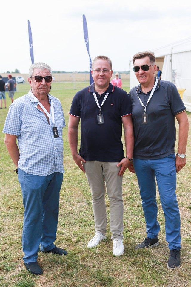 Š.Vaitkus (viduryje), A.Butkevičius (dešinėje).<br>G.Bitvinsko nuotr.