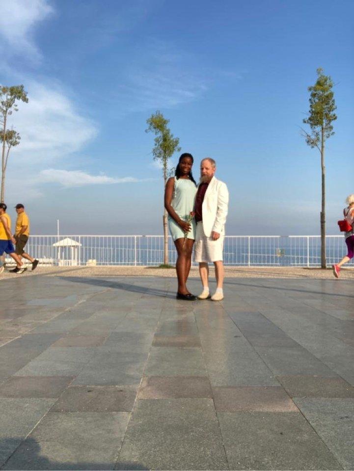Turkijoje jie gražiai leido laiką kartu ir tikėjosi,kad netrukus keliaus į Lietuvą.<br>Asmeninio archyvo nuotr.