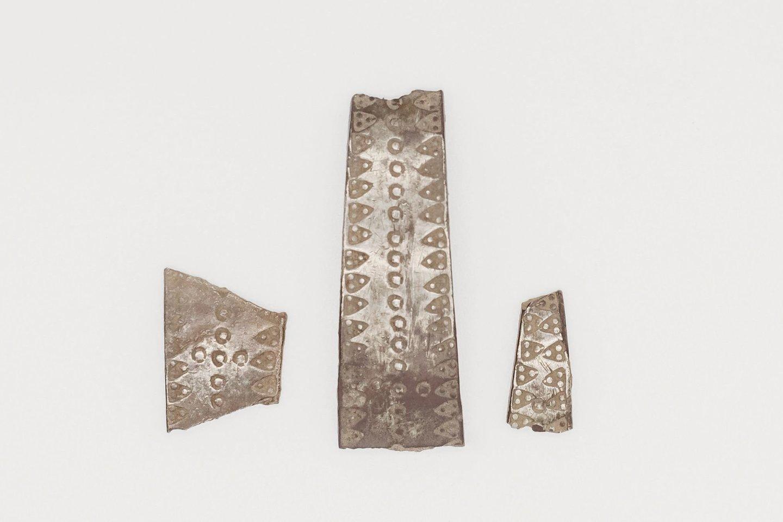 """Sulaužyta sidabro apyrankė.<br>""""Manx National Heritage"""" nuotr."""