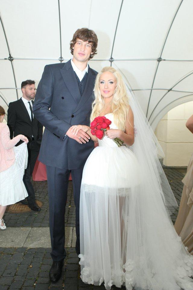 Oksanos ir Simo Jasaičių vestuvės.<br>R.Danisevičiaus nuotr.