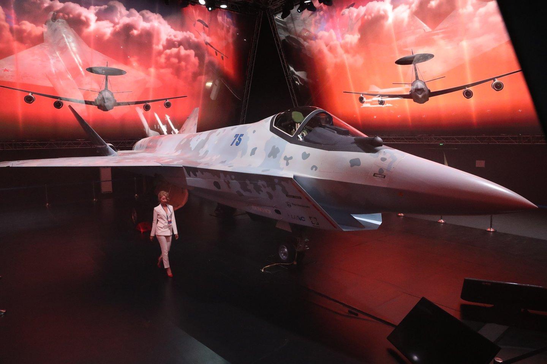 Rusija pristatė naują naikintuvą.<br>TASS/Scanpix nuotr.