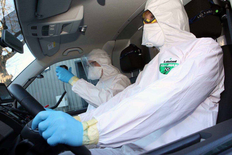 Statistiniai duomenys rodo, jog avaringumas šalyje per pirmąją COVID-19 pandemijos bangą stipriai sumažėjo, šiemet jis vėl auga ir grįžta į ikipandeminį lygį.<br>M.Patašiaus nuotr.