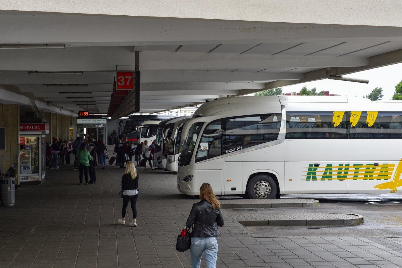 Iš sostinės autobusų stoties keleiviai gali pasiekti Minską Baltarusijoje, Lvovą Ukrainoje, Gdanską Lenkijoje. Tačiau, palyginti su 2019 metais, tai tik trečdalis tarptautinių keleivių maršrutų.<br>V.Ščiavinsko nuotr.