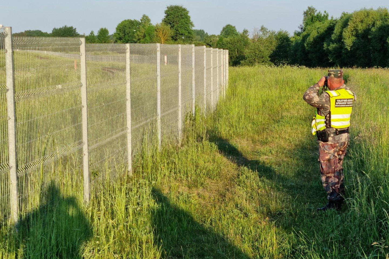 Generolas šaukiasi pagalbos: į darbą prašo sugrįžti buvusius pasieniečius.<br>A.Vaitkevičiaus nuotr.