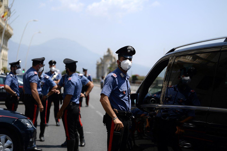 Italijoje ultradešiniųjų pažiūrų politikas nušovė marokietį. <br>AFP/Scanpix nuotr.