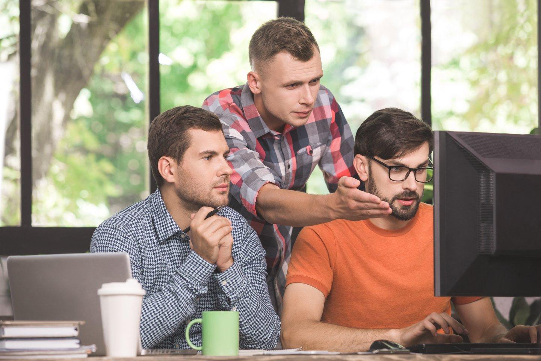 """Kompiuterinį žaidimą galima vertinti keliais aspektais: informatikas vertins """"žaidimo kodą"""", menininkas – estetinį vaizdą ir kompoziciją, vartotojo nuomonė gali priklausyti nuo jo tautinio ir kultūrinio mentaliteto, išsilavinimo, amžiaus ir t. t.<br>123rf nuotr."""