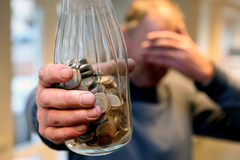 Didelė žmonių dalis – virš 200 tūkst. – gauna pensijas, kurios yra žemiau skurdo ribos.<br>M.Patašiaus nuotr.