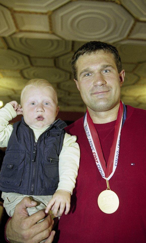 Vyresnėlis Martynas ir jaunėlis Mykolas nuo vaikystės lydėdavo V.Alekną į treniruotes.<br>A.Pliadžio ir asmeninio archyvo nuotr.