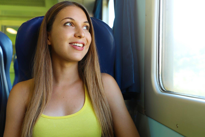 Kelionė autobuse vaikinui įsimins ilgam.<br>123rf.com asociatyvioji nuotr.