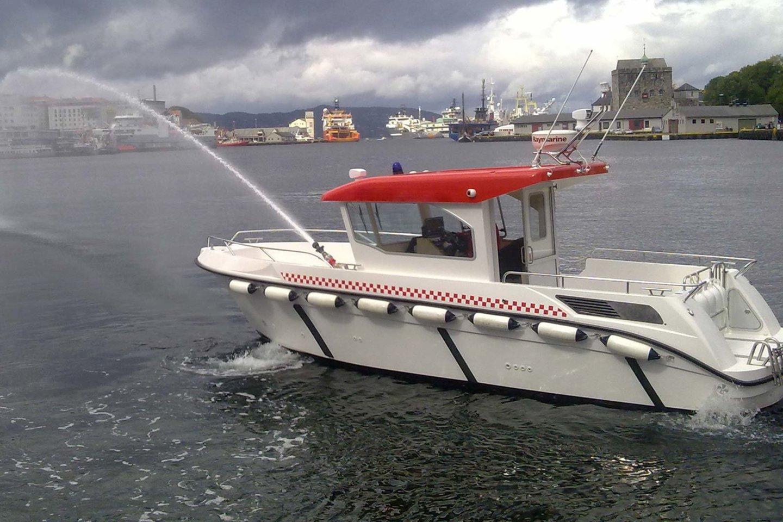 """Lietuvos įmonės """"Navis Pro"""" pirmas pagamintas profesionalios žvejybos laivas """"800 Fisher"""" jau išvežtas į Norvegiją."""