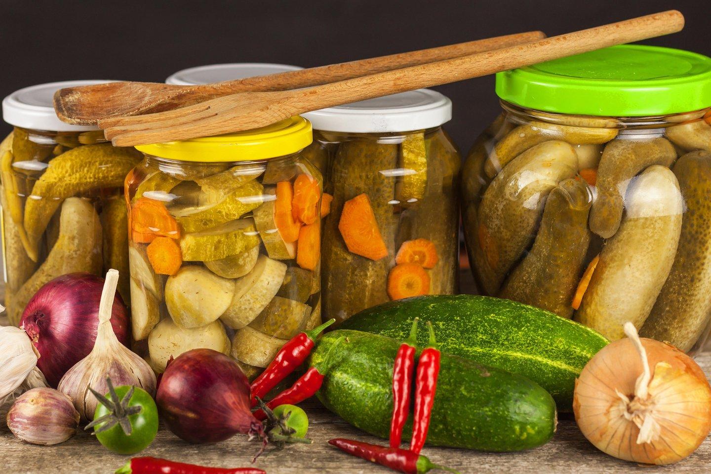Klasikinis marinatas tinka bet kokioms daržovėms.<br>123rf nuotr.