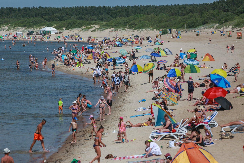 Lietuvoje – labai trumpas sezonas, o turizmo infrastruktūra nėra tokia didelė, kad visus sutalpintų.<br>G.Bitvinsko nuotr.
