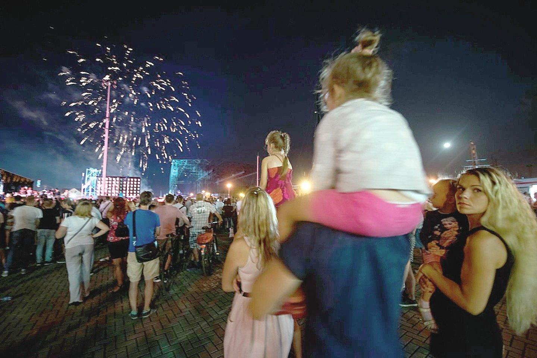 Užsikrėtimų koronavirusu padaugėjo uostamiesčiui ruošiantis tradicinei Jūros šventei, kur planuojama daug koncertų, mugių, kitų renginių. Vykti į ją ar ne – diskutuojama visą savaitę.