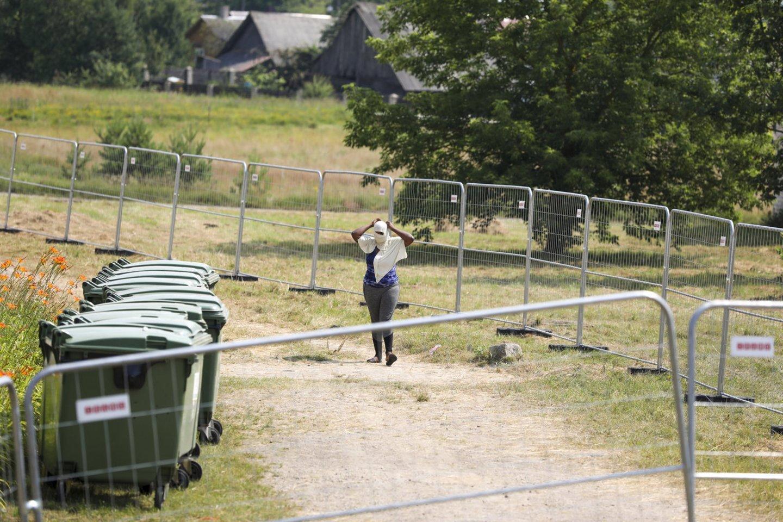 Ministerijai kol kas nepavyksta įtikinti Dieveniškių gyventojų dėl nelegalių migrantų.<br>Mariaus Morkevičiaus/ELTA nuotr.