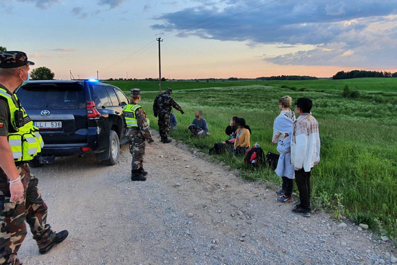 Ministerijai kol kas nepavyksta įtikinti Dieveniškių gyventojų dėl nelegalių migrantų.<br>VSAT nuotr.