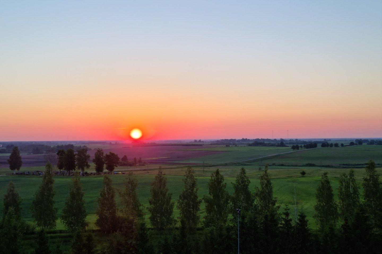 Lietuvos pasieniečiai beveik kiekvieną dieną sučiumpa iš Baltarusijos atklystančius nelegalius migrantus.<br>A.Vaitkevičiaus nuotr.
