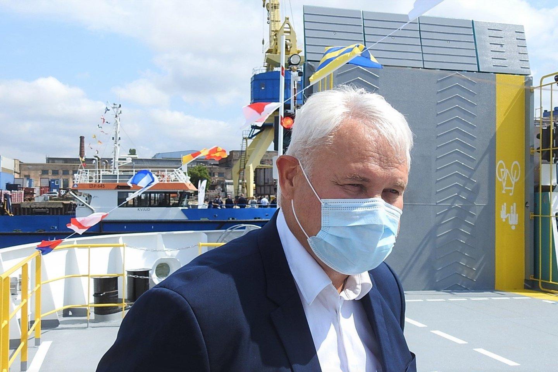 Kaipėdos merui V. Grubliauskui užmojo nestinga - į Jūros šventę pakvietė iki pusės milijono svečių.<br>G.Pilaičio nuotr.