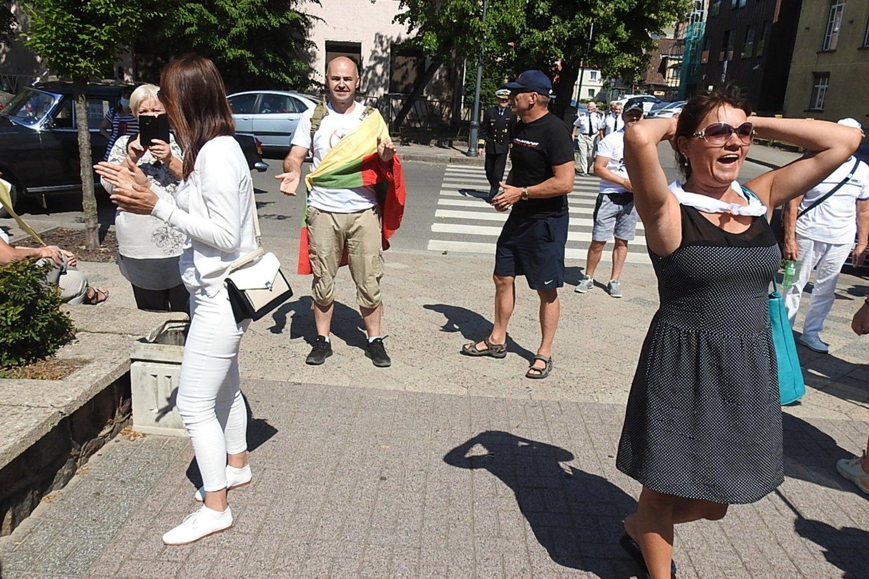 Protestuotojai reikalavo mero atsistatydinimo.<br>G.Pilaičio nuotr.