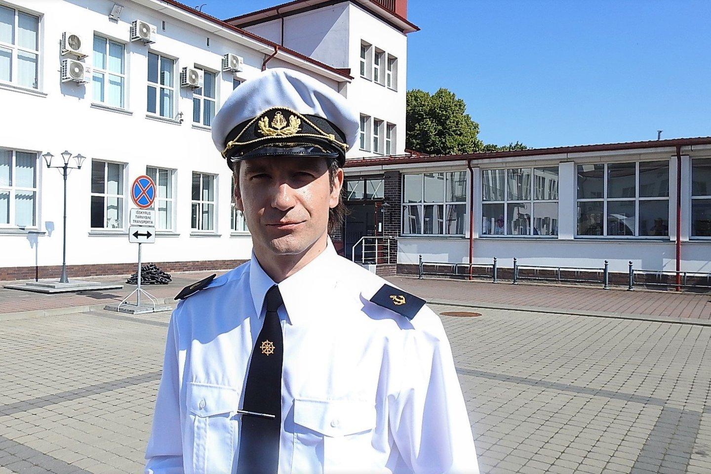 Absolventų šventė jūreivystės mokykloje.<br>G.Pilaičio nuotr.