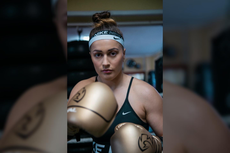 Austėja – profesionali sportininkė, penkis kartus tapusi Lietuvos bokso čempione, kurią klastinga onkologinė liga užpuolė visai netikėtai.<br>Asmeninio albumo nuotr.