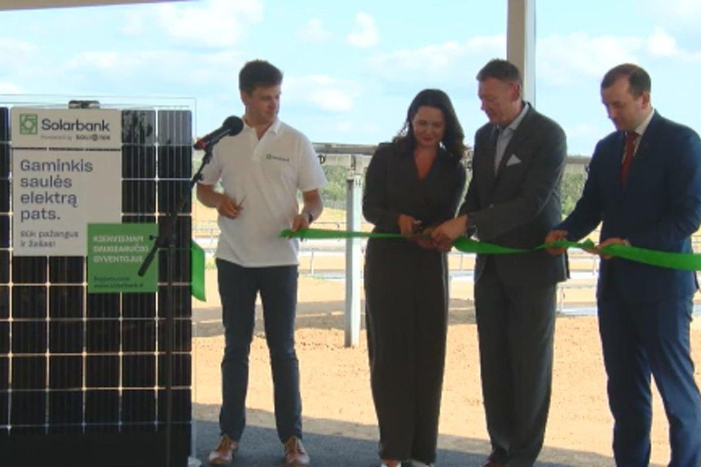 Atidaryta didžiausia saulės elektrinė Lietuvoje.<br>Stop kadras
