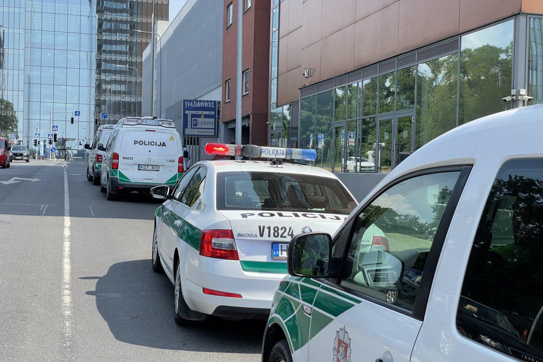 Kone Vilniaus centre iškritęs iš 16-o aukšto žuvo vyras.<br>V.Ščiavinsko nuotr.