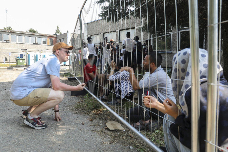Verebiejų kaime (Alytaus r.) nebeveikiančioje mokykloje apgyvendinti migrantai.<br>M.Morkevičiaus/ELTA nuotr.