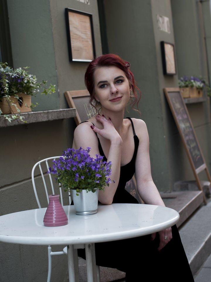 Užrašai naktinio klubo moterų tualete sutrikdė kino prodiuserę Medą Džigaitę.<br>Autorės nuotr.