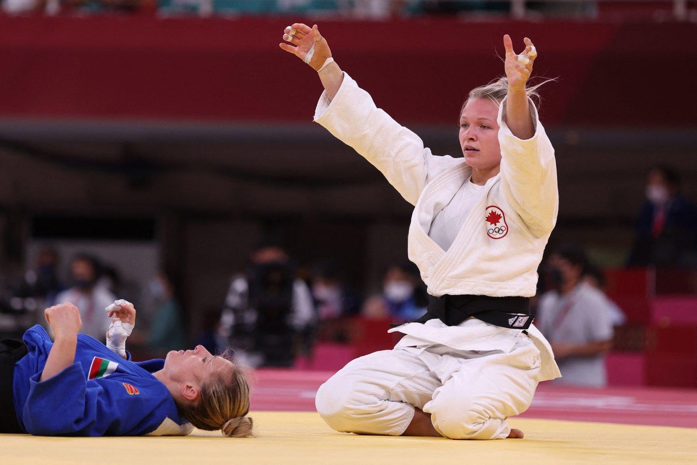 Lietuviškų šaknų turinti J.Klimaikt laimėjo olimpiadoje Kanadai bronzos medalį.<br>AFP/Scanpix.com nuotr.
