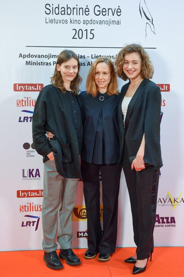 Julija Steponaitytė, Alantė Kavaitė ir Aistė Diržiūtė.<br>D.Umbraso nuotr.