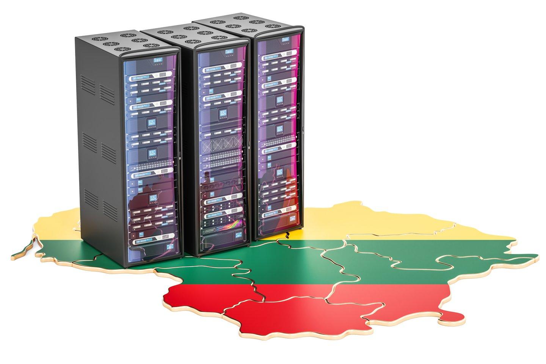 Kalbos atpažinimo technologijaireikalingi yra didžiuliai garsyno kiekiai, audio įrašai, kurie turi būti sudaryti iš skirtingo amžiaus, lyties, dialekto balsų – nes technologija vienodai gerai turi atpažinti lietuviškai kalbantį rusakalbį arba žemaitį, kalbantį bendrine lietuvių kalba.<br>123rf iliustr., lrytas.lt mont.