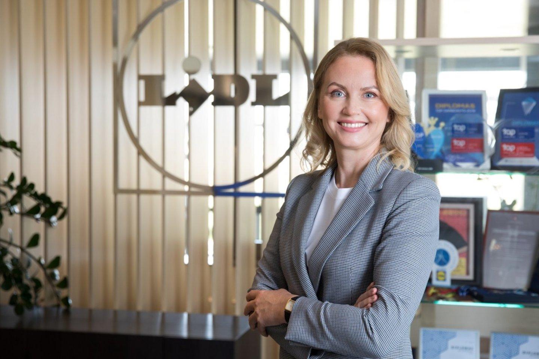 """""""Lidl Lietuva"""" valdybos narė ir personalo vadovė Sandra Savickienė.<br>Pranešimo nuotr."""