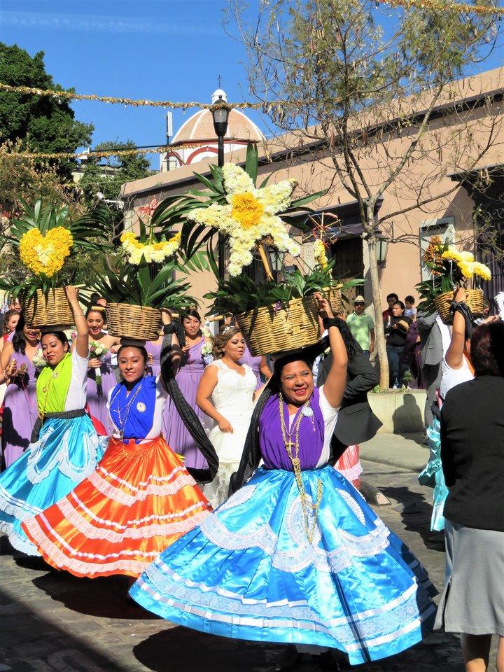 Meksika Saulę Paltanavičiūtę žavi savo kultūra, maistu, gamta ir tradicijomis – pavyzdžiui, Oaxacos karnavalu.<br>Asmeninio albumo nuotr.