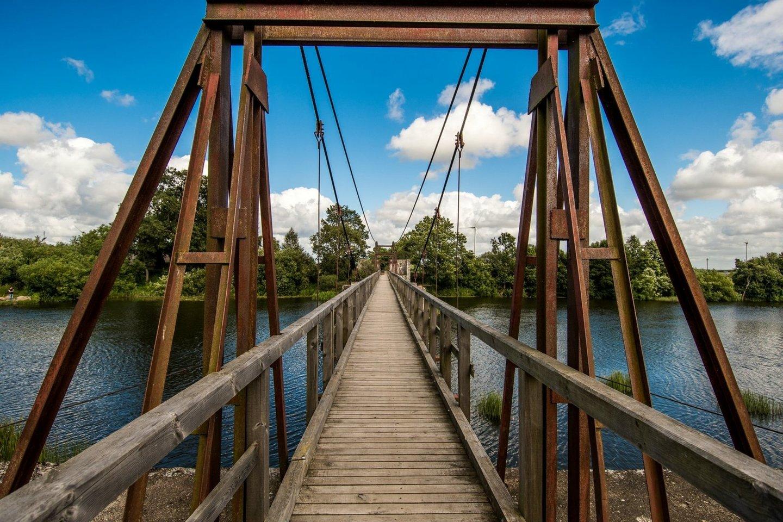 Lankupių kabamasis tiltas.<br>klaipedosrajonas.lt nuotr.