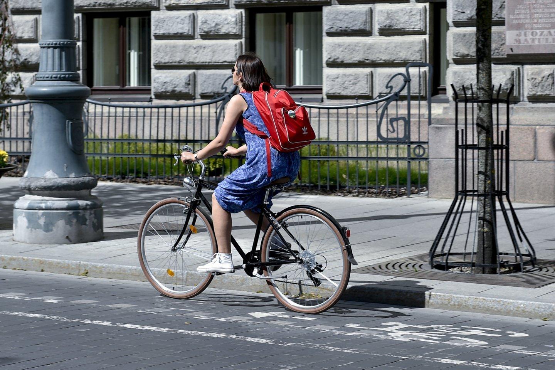 Dviračių pardavimai pastaruosius dvejus metus augo keletą kartų, tačiau pastebima kur kas nemalonesnė tendencija, kad ženkliai auga dviračių ir jų dalių vagysčių skaičiai.<br>V.Ščiavinsko nuotr.