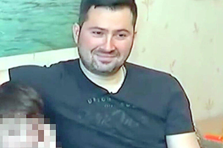 """Iš Atėnų į Vilnių skridusį """"Ryanair"""" lėktuvą Minske nutupdęs skrydžių kontrolierius Olegas Galegovas išėjo atostogų ir dingo iš Baltarusijos."""
