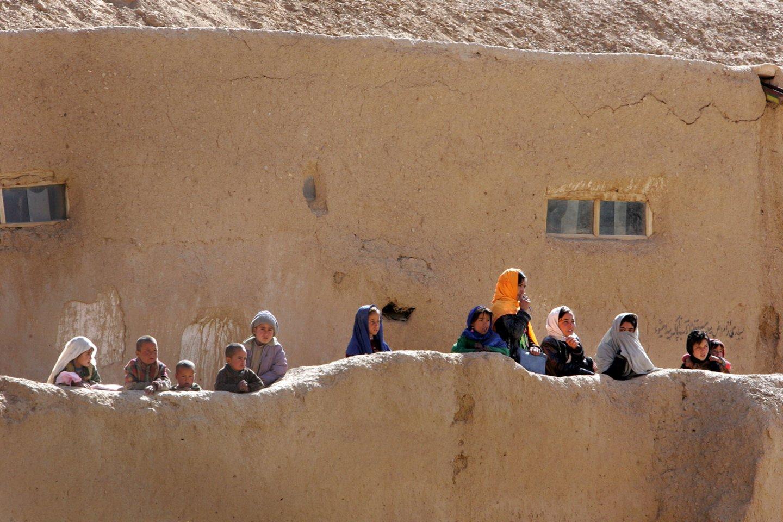 Goro provincijos (Afganistanas) vietiniai gyventojai.<br>V.Balkūno asociatyvi nuotr.