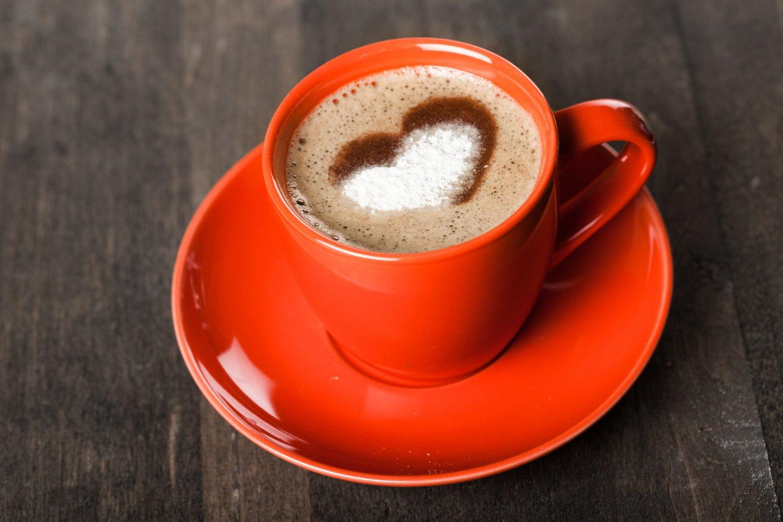 Besaikis kavos gėrimas didina senatvinės demencijos riziką.<br>123rf nuotr.