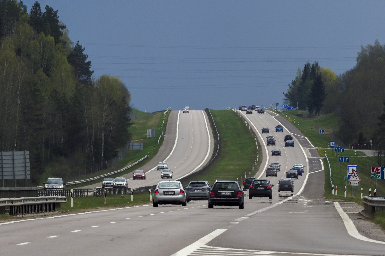 Lietuvos gyventojai, rinkdamiesi transporto priemonę, prioritetą teikia vokiškiems automobiliams.<br>V.Ščiavinsko nuotr.
