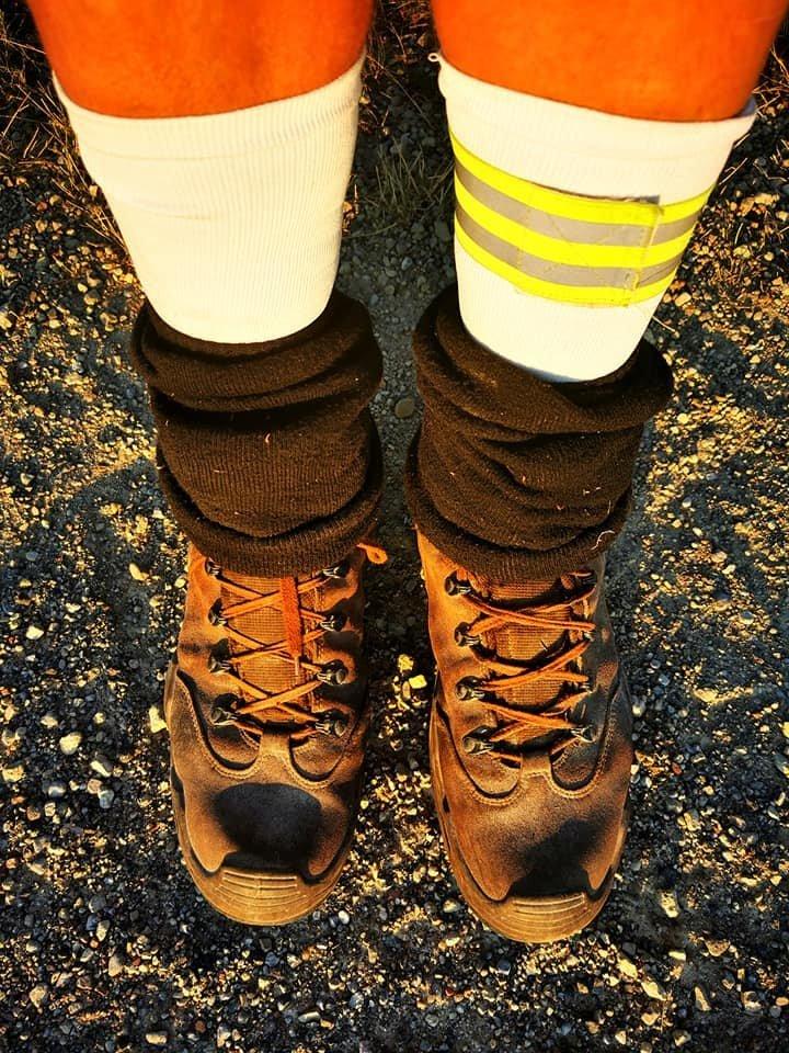 Žygį ji įveikė avėdama štai tokiais batais.<br>Asmeninio archyvo nuotr.