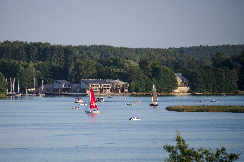 Nuo šiol poilsiautojai realiu laiku galės stebėti ne tik Lietuvos paplūdimių, bet ir populiarių poilsio bei regioninių parkų užimtumą.<br>V. Ščiavinsko nuotr.
