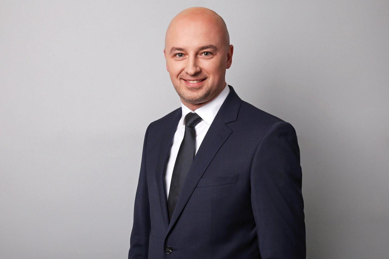 """T. Strumskas prie """"Groward Group"""" vadovybės prisijungė2012 m., kai buvo paskirtas bendrovės vadovu, taip pat jos valdybos nariu ir pirmininku."""
