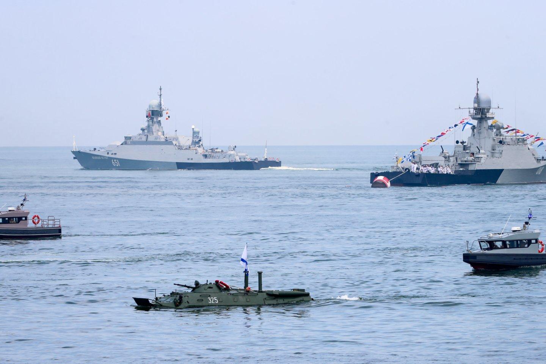 Rusijos Baltijos laivynas, kurio vadavietė įsikūrusi Kaliningrade, gaus daug naujos ginkluotės: povandeninių laivų, skraidymo aparatų, priešlėktuvinės gynybos kompleksų. (Asociatyvi nuotr.)<br>TASS/Scanpix nuotr.