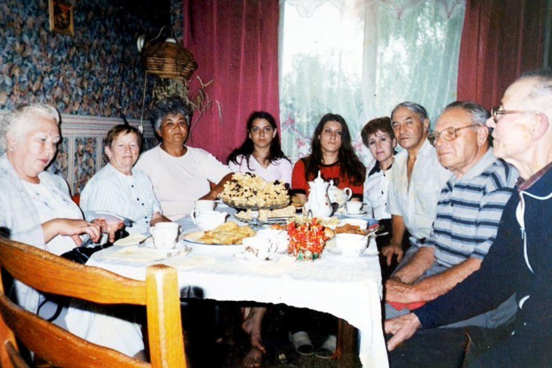 Į bendriją susibūrę Panevėžio totoriai dalijasi ne tik maistu, jiems visuomet rūpėjo kitų džiaugsmai bei nesėkmės.<br>Asmeninio archyvo nuotr.